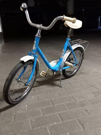 Ładny dziecięcy rowerek niemiecki.