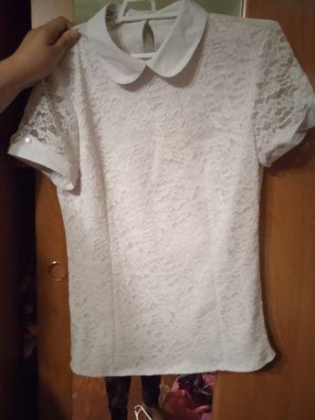 Продам блузки подростковые в школу