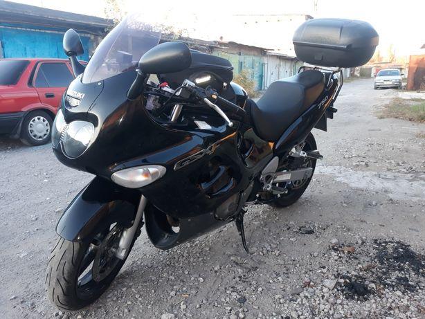 Продам Suzuki GSX 750 F