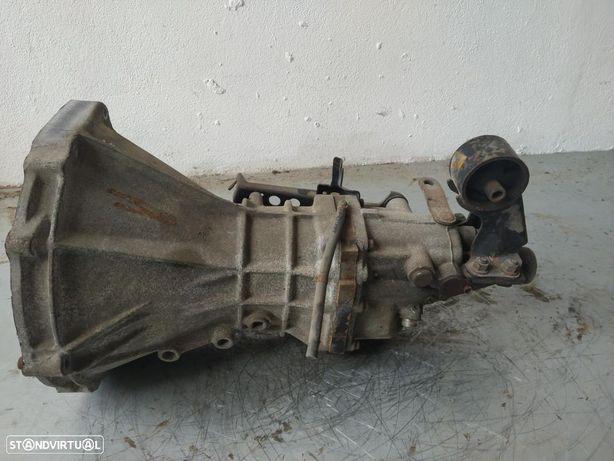 Caixa de Velocidades Nissan Vanette Cargo 2.3 D