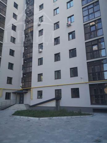 Срочно продам 2кмн квартиру  на 9мкн в новострое