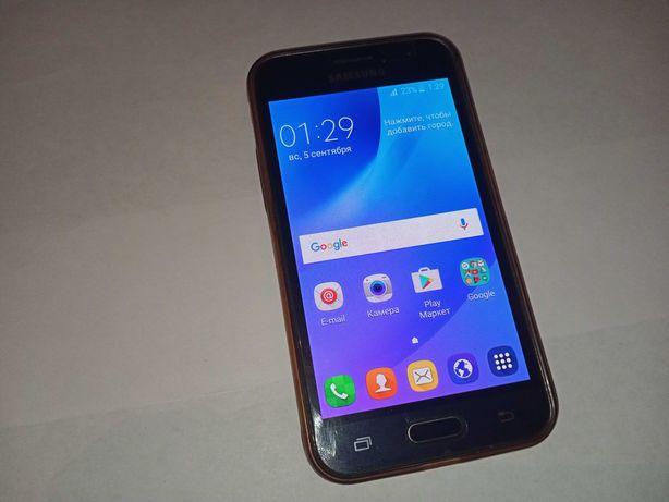 Samsung galaxy J1 (J120H/DS)