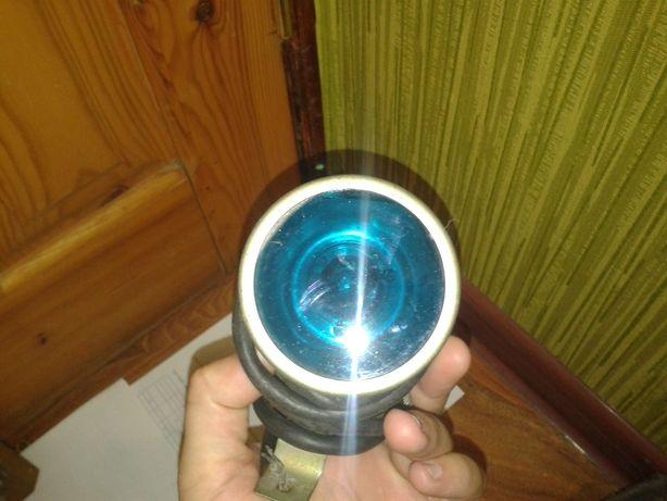 Фонарь. Светильник с синим стеклом