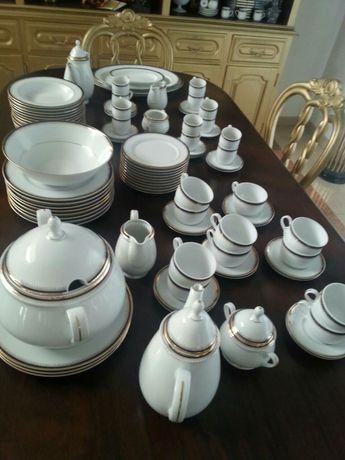 Serviço de Jantar Completo PALACE Porcelana Fina Portugal.