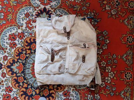 Рюкзак допотопный 60 годов