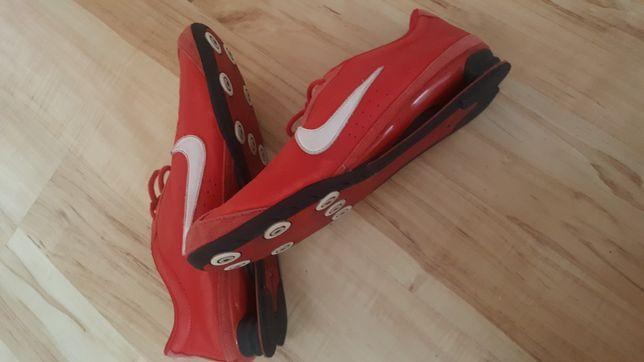 Czerwone adidasy Nike 40