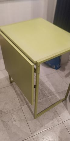 Mesa  IKEA  verde