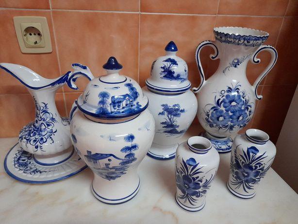 Vendo jarrões pintados à mão