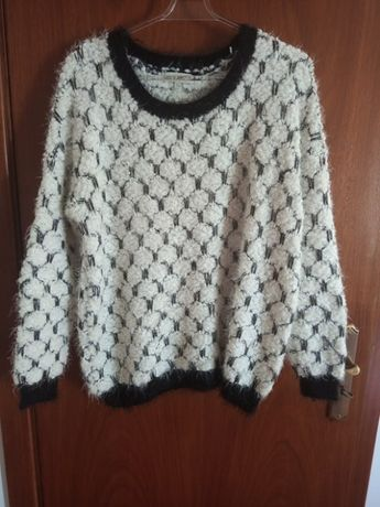Camisola lã preta e branca
