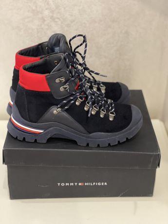 Продам женские ботинки Tommy Hilfiger 39р. на меху