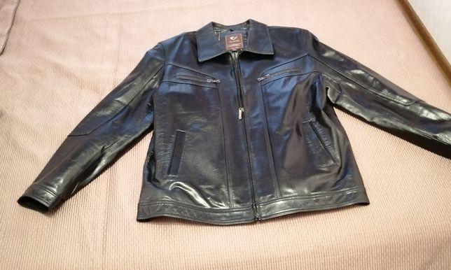 Кожаная мужская куртка,полированная.