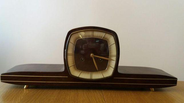 Piękny zabytkowy zegar stojący