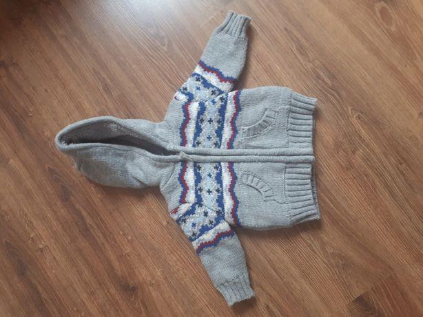 Bardzo ciepły sweterek MiNoTi