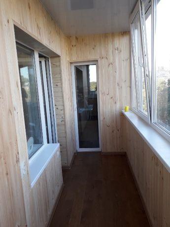 Балконы под ключ. Вынос обшивка, остекление.
