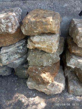 Камень Бут хорошее состояние бесплатно