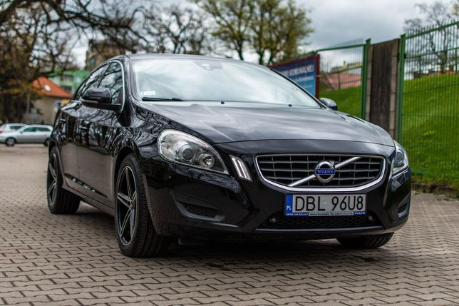 Volvo S60 D3 163KM ZADBANY! +komplet kół +bagażnik
