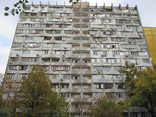 Продам 1-к квартиру в жилом состоянии на Победе