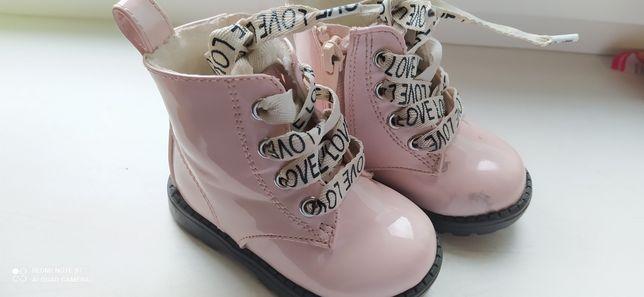 Демисезонные ботинки  Hm