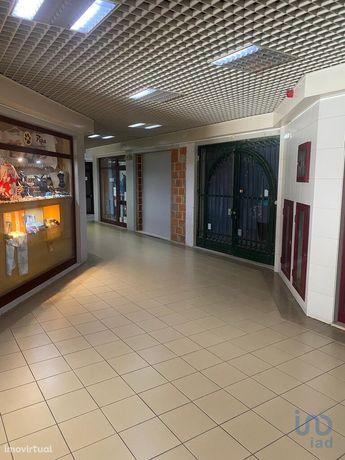 Loja - 15 m²