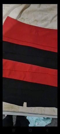 Spódnica czarno czerwona