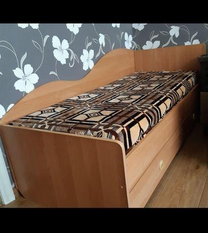 Продам односпальнюю кровать