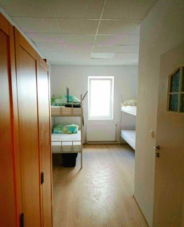 Сдаются комнаты в хостеле. Комнаты с ванной на 1-4 человек.