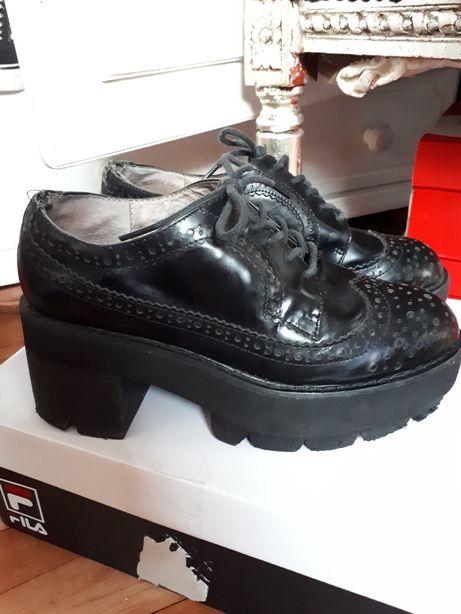 Jeffrey Campbell platformy czarne buty