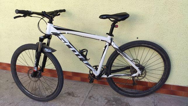 Швейцарский горный (МТБ) велосипед SCOTT Aspect 740 27.5