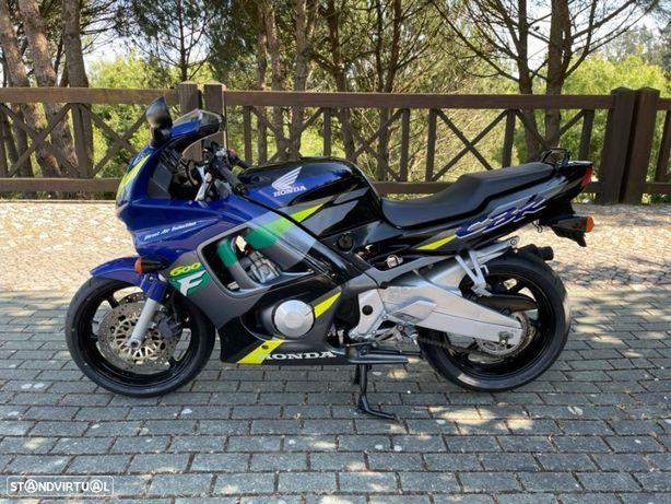 Honda CBR  600 F3 100cv