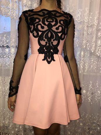 Одяг,сукня