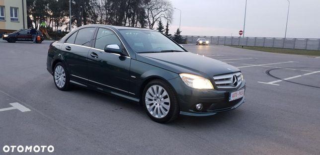Mercedes-Benz Klasa C 3.5 V6 272 KM AMG Rezerwacja