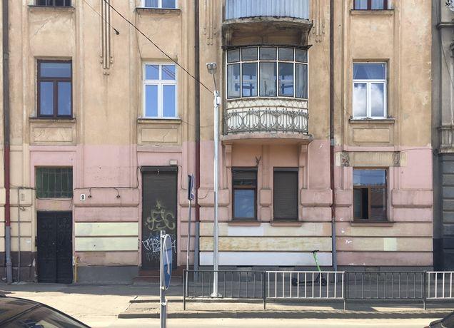 Продаж нежитлового приміщення 100м2 в м. Львів, вул. Сахарова