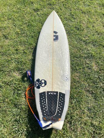 Vendo Prancha De Surf Graham Smith 6'0