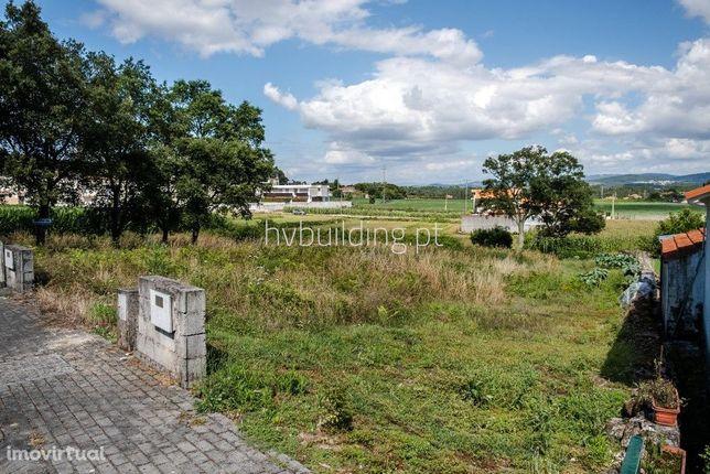 Terreno localizado na freguesia de Galegos São Martinho