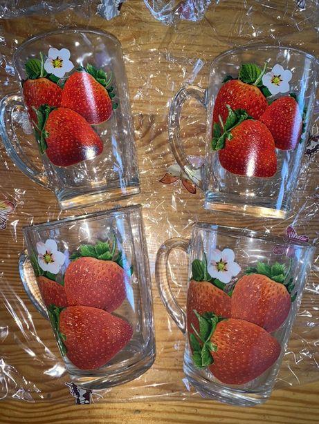 Чашки( чашки с клубникой) подарочный набор, кружка