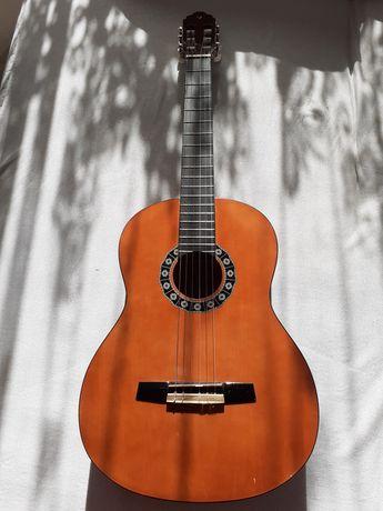 Sprzedam gitarę Valencia