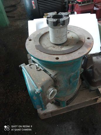Silnik elektryczny UNELEC - 30 kW, 1445 obr.