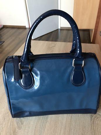 Torebka - kuferek ORSAY nowa kolor niebieski