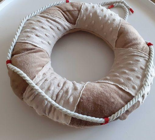 Poduszka dekoracyjna koło marynarskie