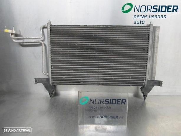 Radiador condensa AC frt viatura Fiat Stilo|01-04