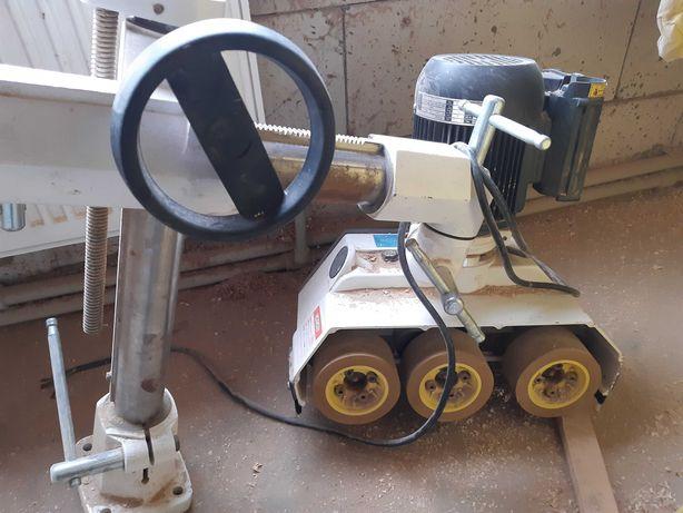 Автоподатчик BEKKER для деревообробних станків