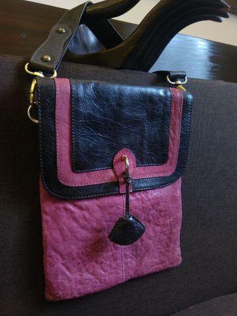 Стильна жіноча сумочка з натуральної шкіри.