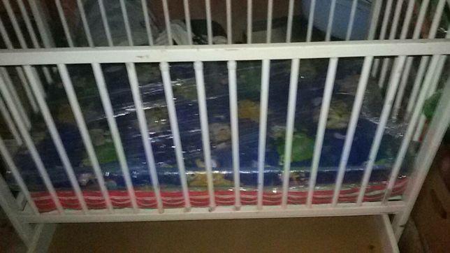 Дитячі меблі, ліжко