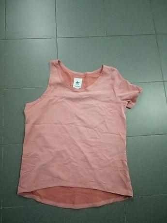 T-shirt ADIDAS para senhora tamanho L ideal para fazer desporto