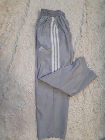 Спортивные штаны брюки мальчику/очень качественные на подкладке/р.140с