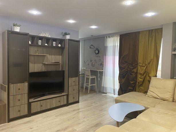 Терміново продам 3-х кімнатну квартиру переплановану.