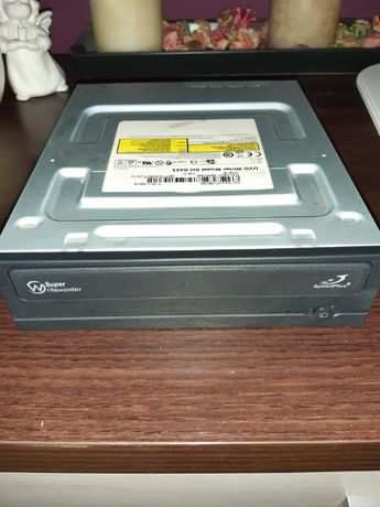 Nagrywarka, odtwarzacz CD DVD do komputera SATA