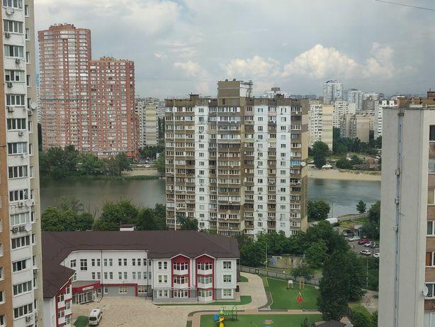 Продам 1-к видовую квартиру с хорошим ремонтом. Драгоманова 4А Позняки