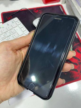 Продам телефон Iphone 7 / 32 гиг в отличном состоянии.