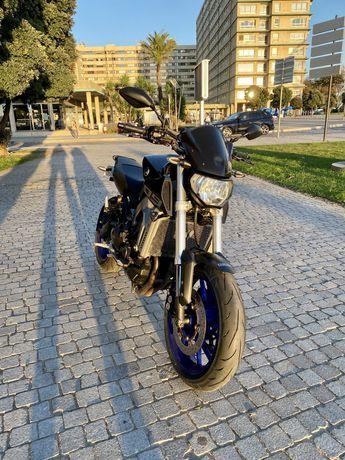 Yamaha mt 09 venda/troca